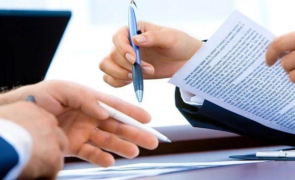 اهمیت وکیل امور تجاری | ثبت پایتخت
